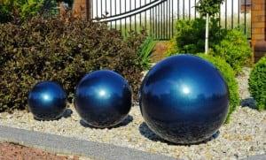Dekorativer Ball für den Garten. Farbauswahl 22 cm small 5