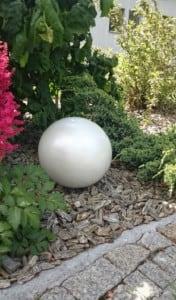 Dekorativer Ball für den Garten. Farbauswahl 30 cm small 9