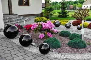 Dekorativer Gartenball Farbwahl 50 cm small 1