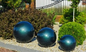 Dekorativer Gartenball Farbwahl 50 cm small 6
