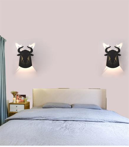 Wandleuchte Taurus Abigali Bull Black