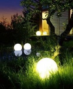 Gartenlampe Luna Ball 25 cm, Gartenkugel, leuchtende Kugel, Wegebeleuchtung, klassischer Stil, weiß mit Glanz small 1
