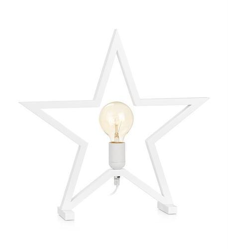 MARTA dekorativer Stern auf einer weißen Tabelle