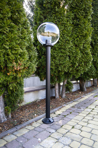 Gartenlampe stehend Mondlampe transparent 50 cm E27 schwarzer Pfosten 100 cm small 2