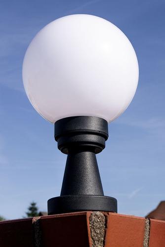 Gartenlampe Luna Ball Plinto 20 cm E27 LED weiß Sockel