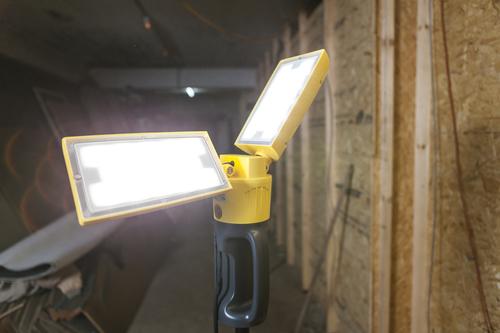 Outdoor Led Lampe auf einem verstellbaren Lutec PERI Ständer