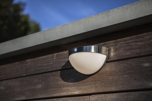 Outdoor Solar Wandleuchte mit Bewegungsmelder Lutec BUBBLE