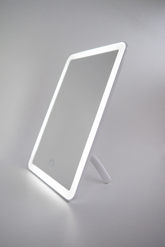 Tragbarer Kosmetikspiegel mit LED-Beleuchtung