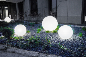 Set mit drei Außenlampen, Gartenkugeln Luna Ball: 30 cm, 40 cm, 50 cm, leuchtende Gartenkugeln, klassisch, weiß small 2